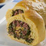 Pão de Fubá com Couve e Linguiça
